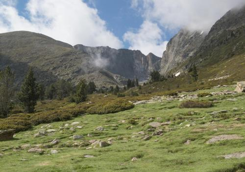 Le site des Cortalets, au pied du Canigó / Michel CASTILLO-CD66
