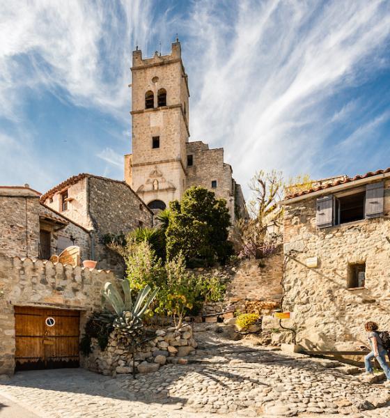 Eus, l'un des plus beaux villages de France / JC MILHET