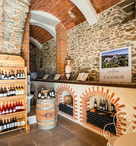 Le caveau de dégustation est installé dans l'ancienne chapelle / JC MILHET